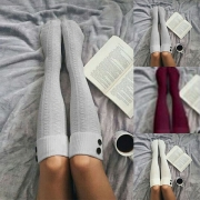 Fashion Solid Color Knee-length Socks