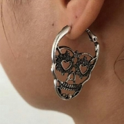 Retro Style Skull Head Shaped Earrings