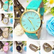 Fashion Style Plaid Faux Leather Band Quartz Watch