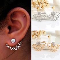 Stylish Lotus Shaped Rhinestone Stud Earring