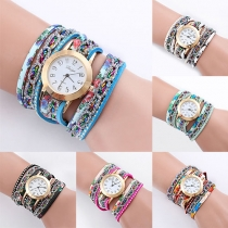 Fashion Colorful Rivet Watchband Round Dial Quartz Watch