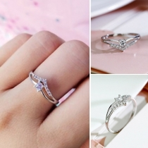 Simple Style Rhinestone Inlaid Alloy Ring