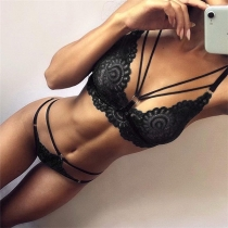 Sexy Backless Solid Color Hollow Out Lace Lingerie Set