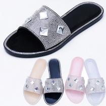 Fashion Rhinestone Inlaid Flat Heel Open Toe Outdoor Slippers