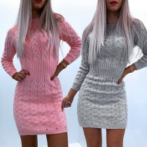Simple Style Long Sleeve Round Neck Solid Color Sweater Dress